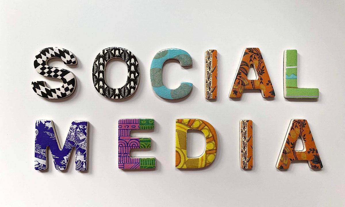 social media napis