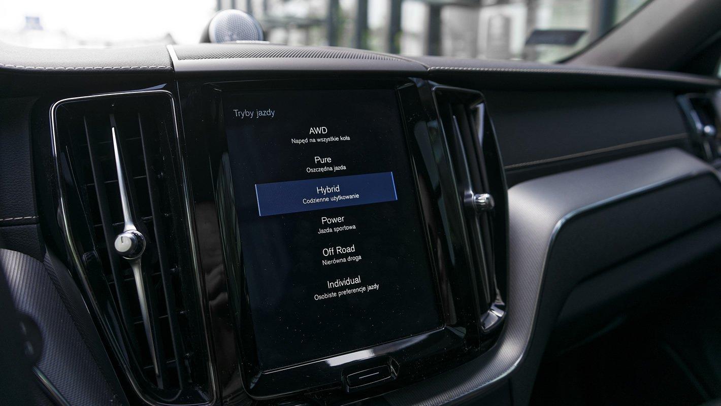 Volvo XC60 T8 AWD - tryby jazdy