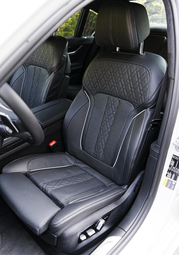 BMW 740e iPerformance Hybryda Plug-In - fotel kierowcy