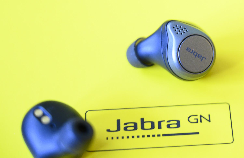 Jabra Elite 75t logo słuchawki