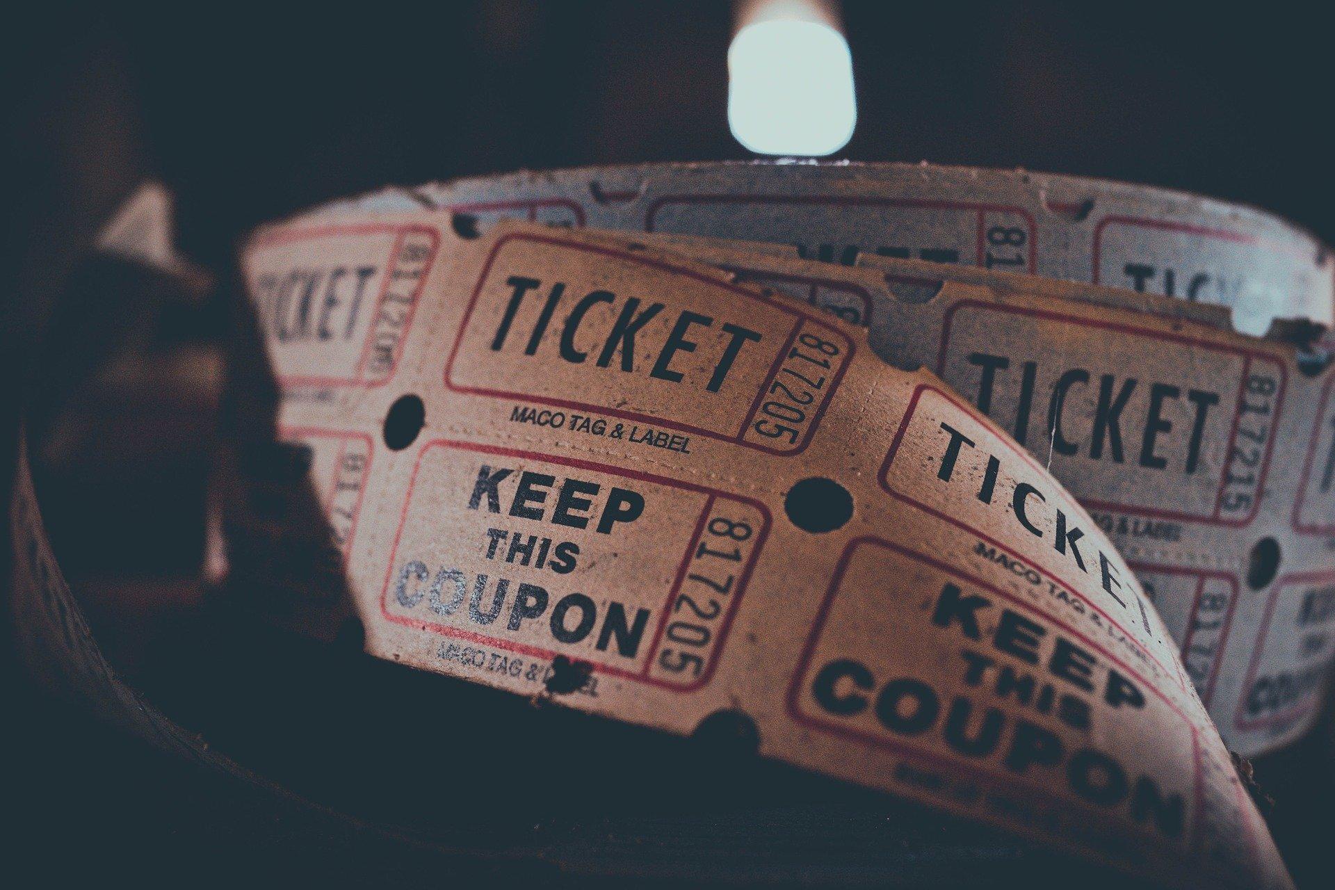 rolka biletów kinowych