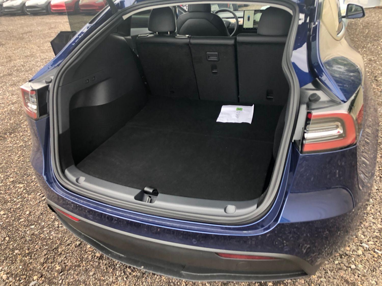 Tesla Model Y bagażnik