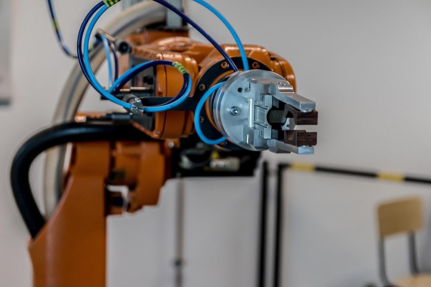 sztuczna-inteligencja-robot