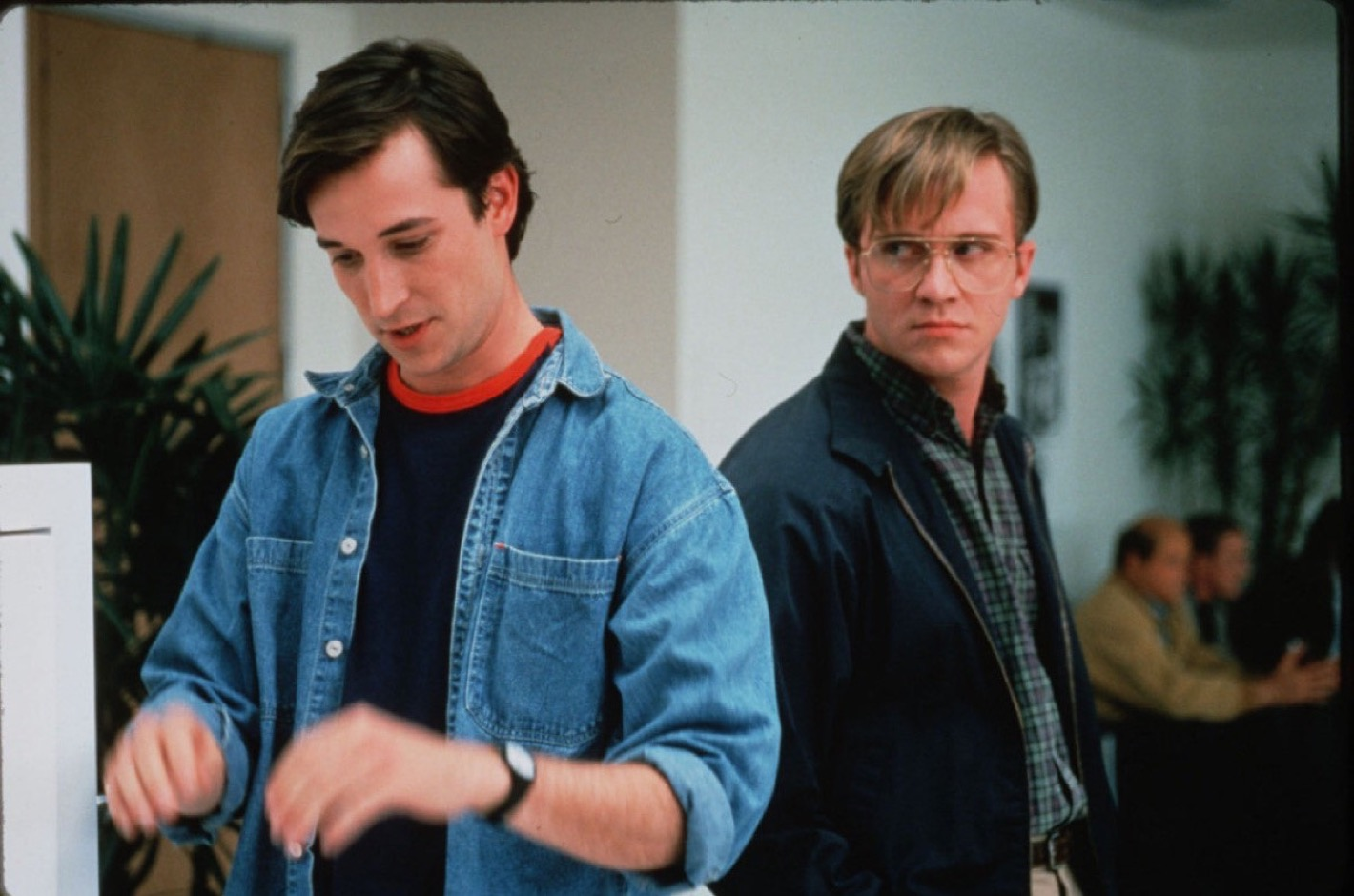 Noah Wyle as Steve Jobs and Anthony Micheal Hall as Bill Gates in Pirates of Silicon Valley