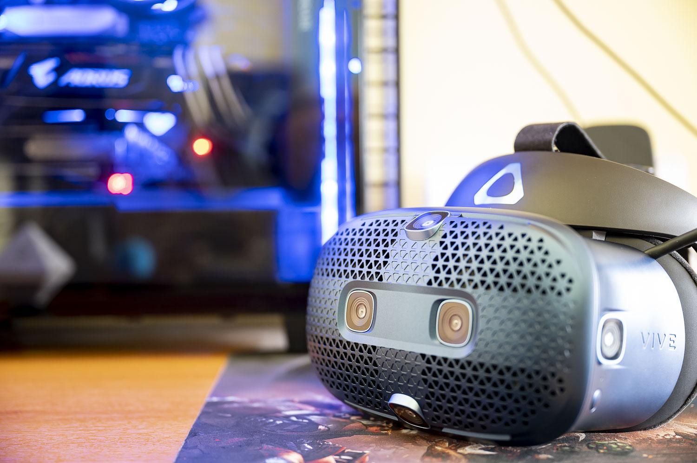 HTC Vive Cosmos VR