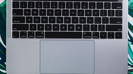 klawiatura motylkowa macbook pro