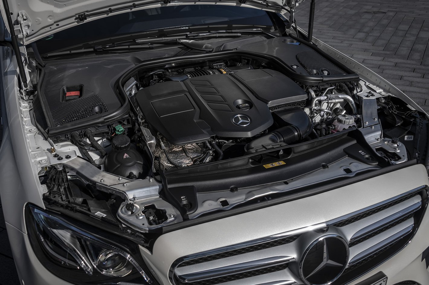 Mercedes-Benz E 300de Plug-In Hybrid