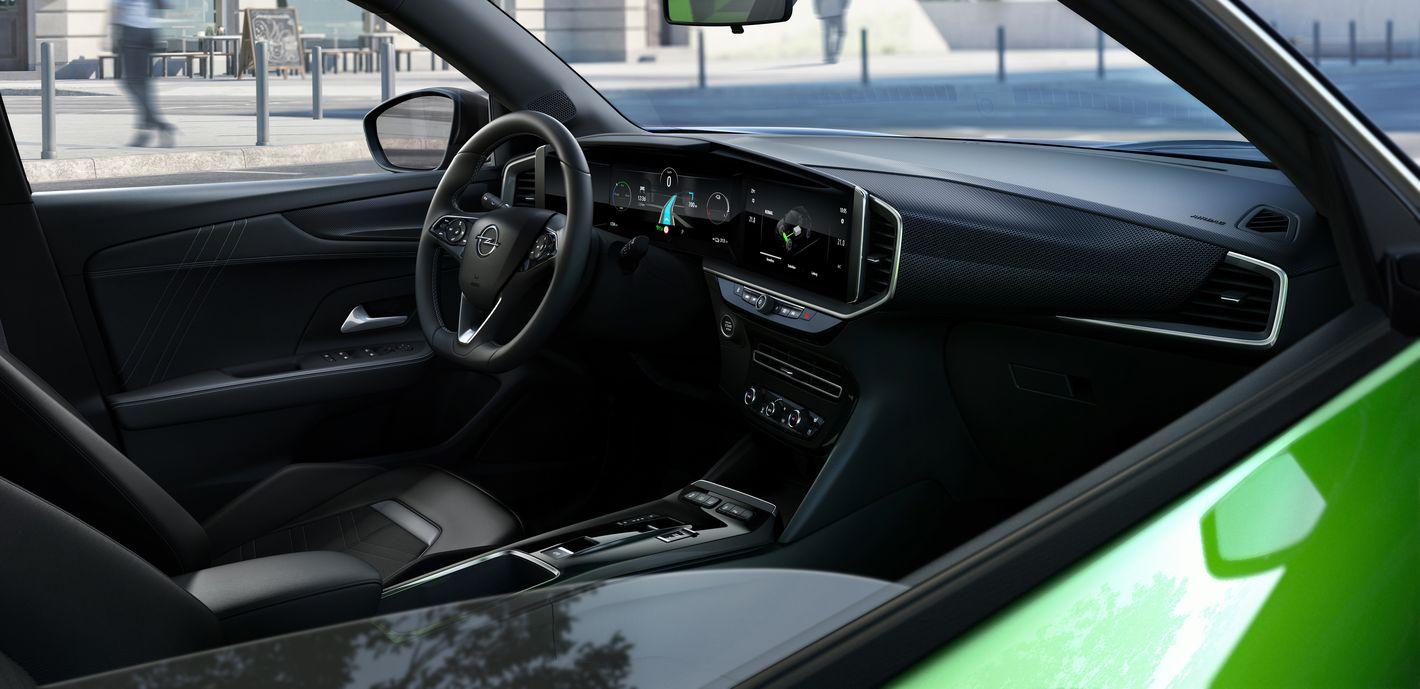 Opel Mokka-e wnętrze