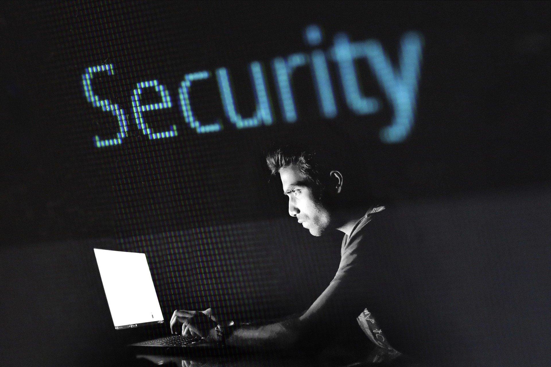 bezpieczeństwo przed komputerem