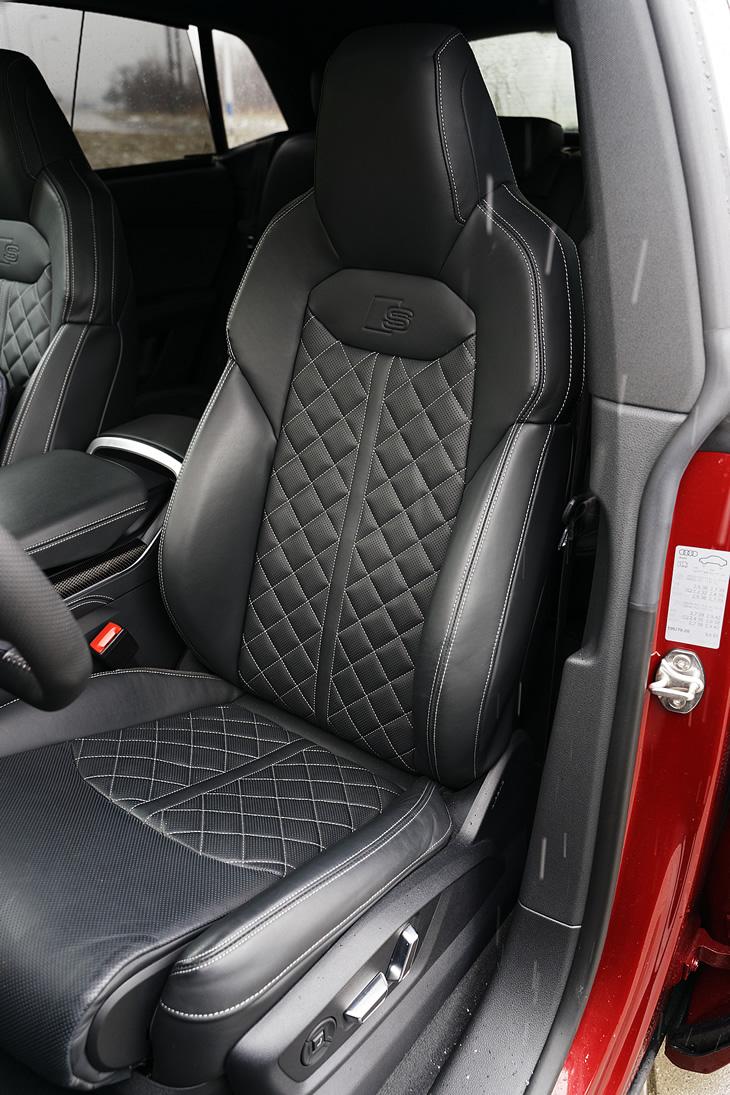 Audi SQ8 V8 TDI - fotel kierowcy