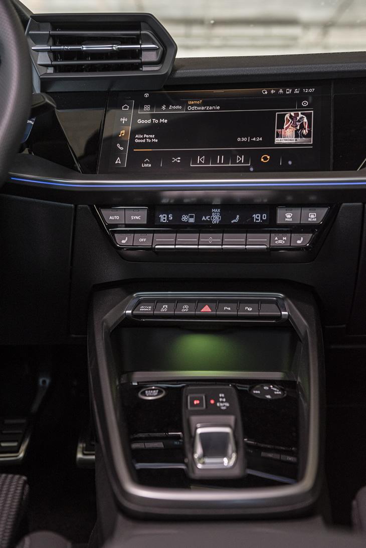 Audi A3 Sportback 2020 kokpit