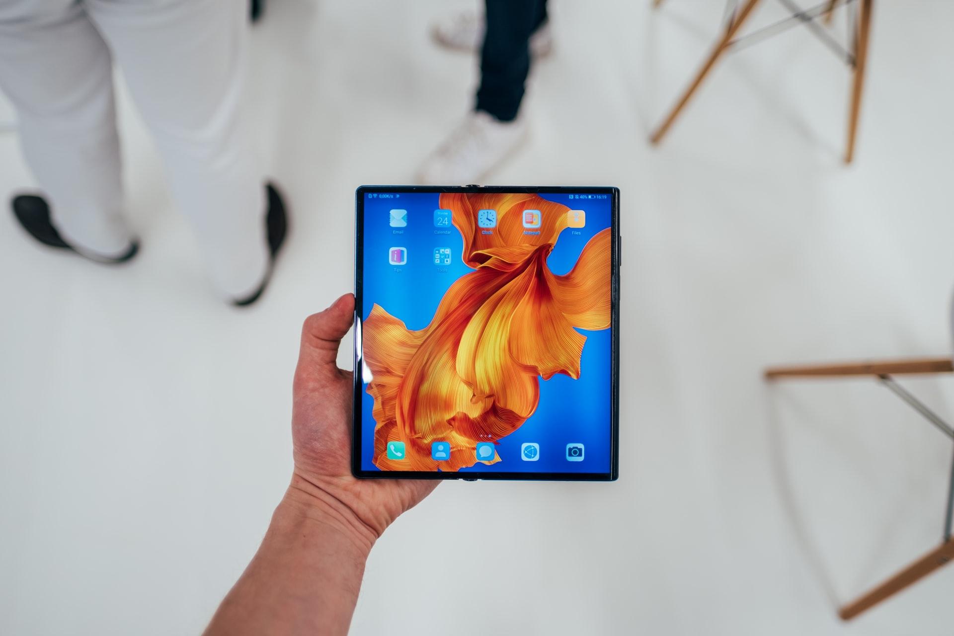 Chińczycy smartfon składany Huawei