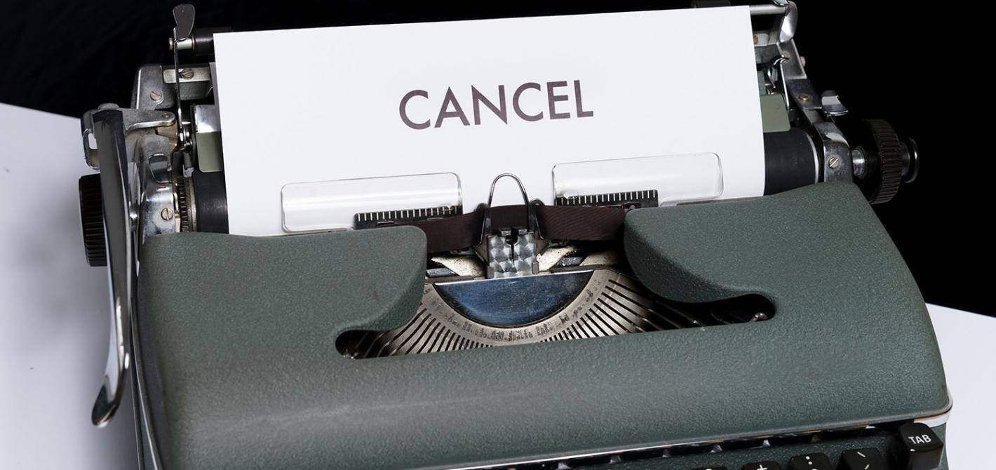 maszyna do pisania cancel