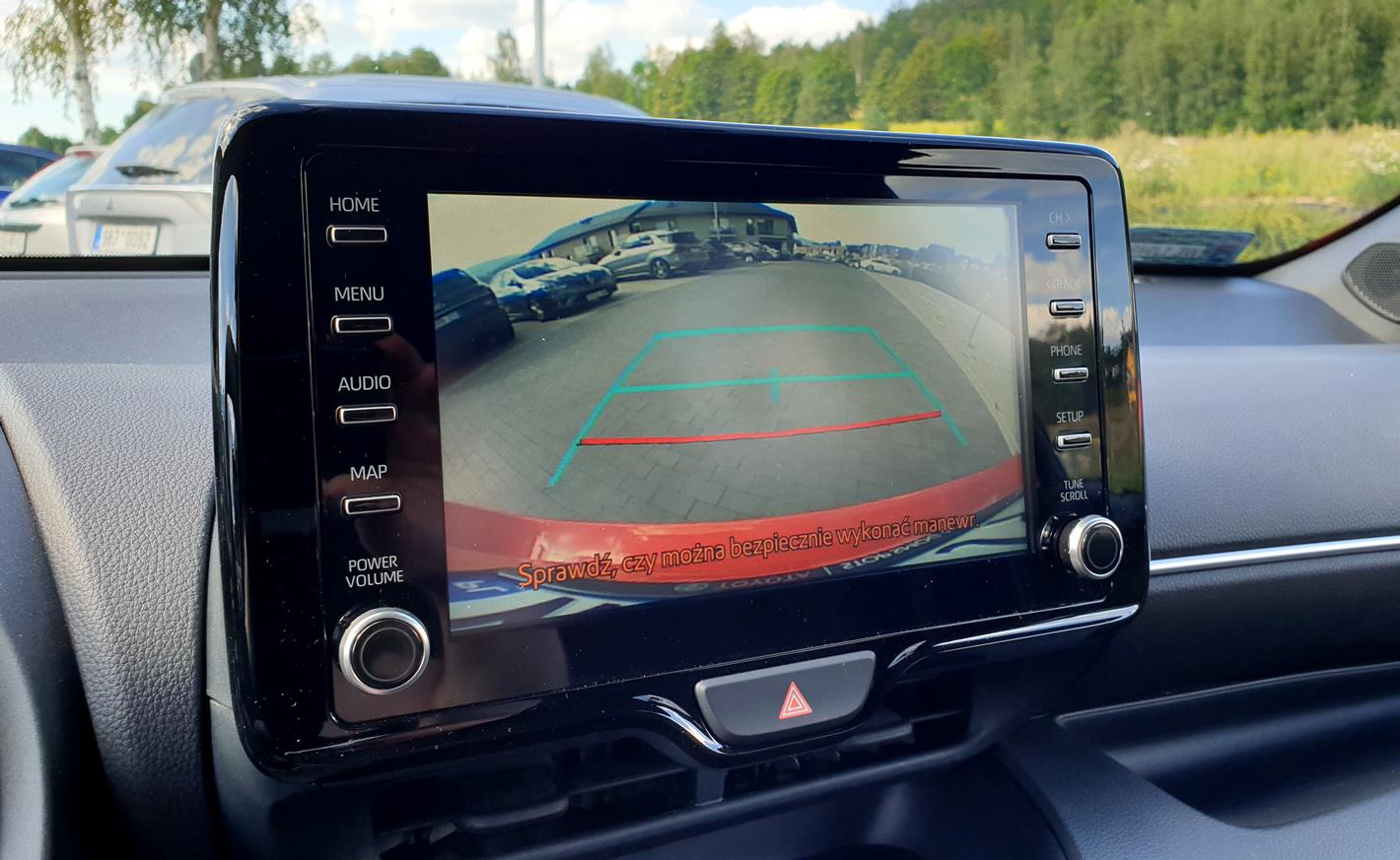 Toyota Yaris Hybrid - kamera cofania