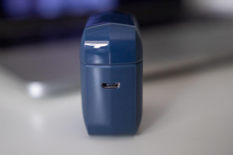 Teufel Airy True Wireless etui micro usb