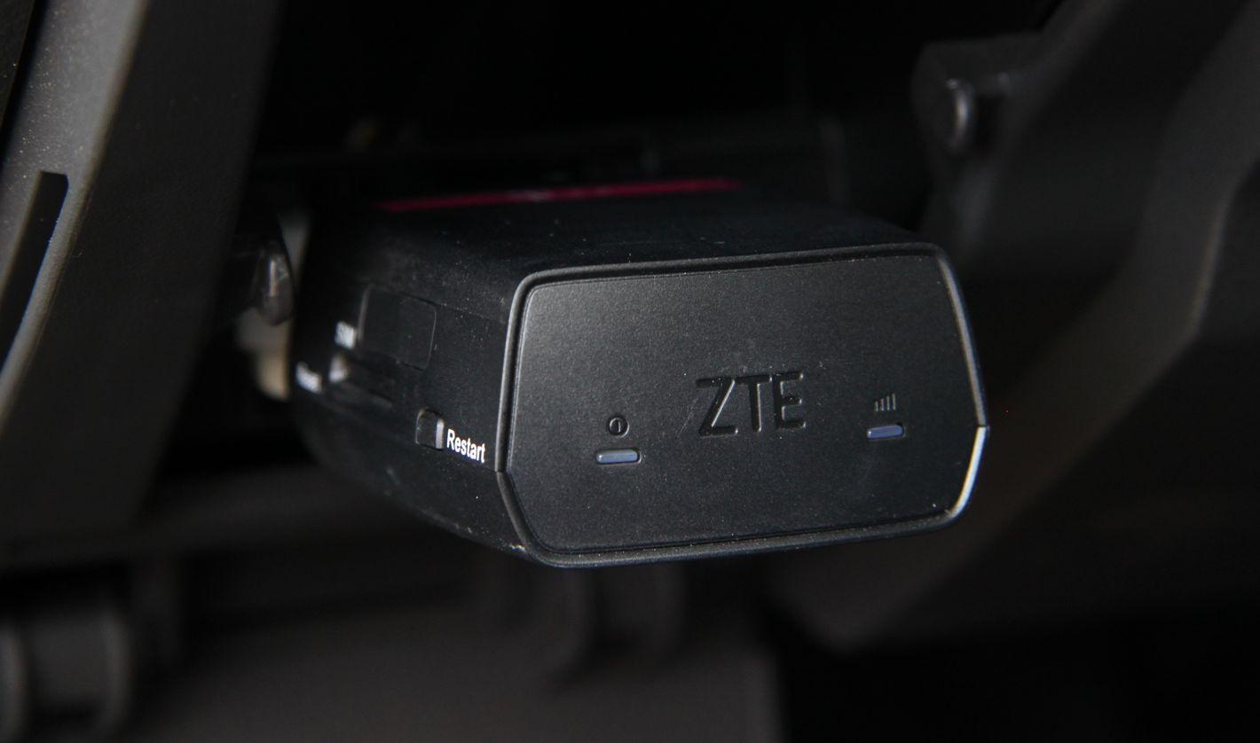 Smart Car od T-Mobile w porcie OBD2