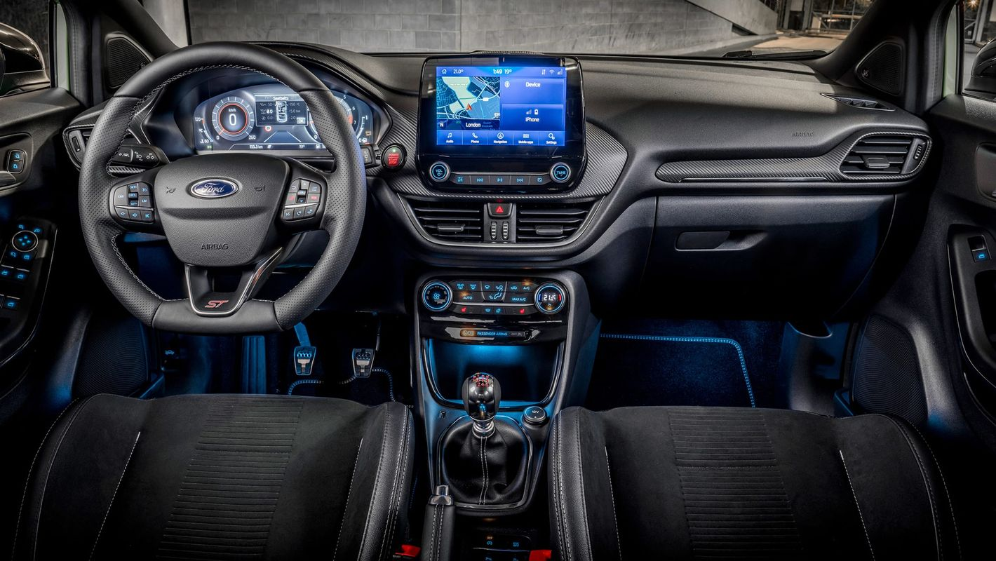 Ford Puma ST kokpit