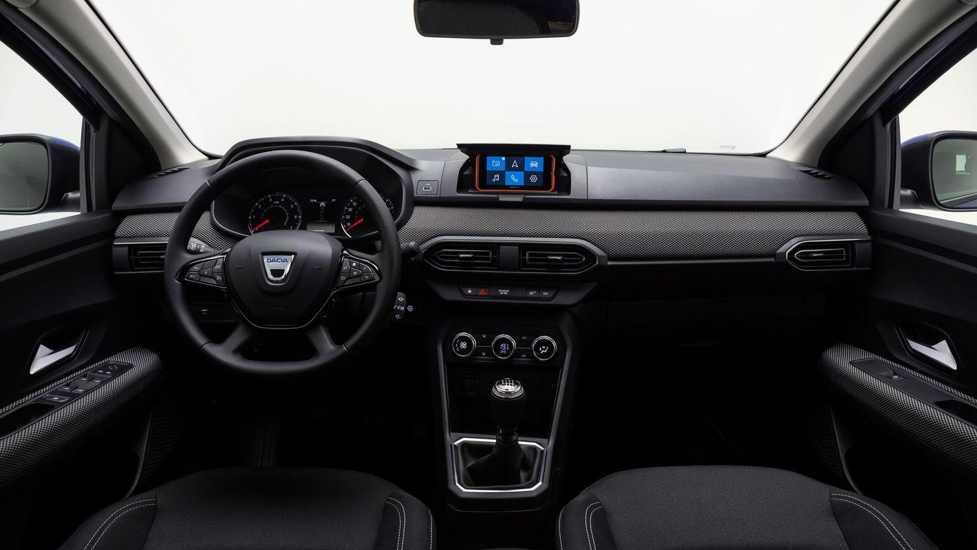 Dacia Sandero wnętrze