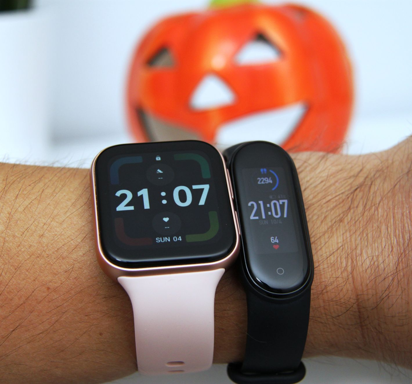 Oppo Watch vs MiBand 5 na ręce