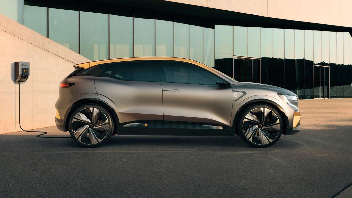 Renault Megane eVision widok z boku