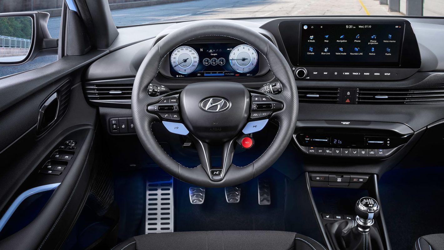 Hyundai i20 N wnętrze
