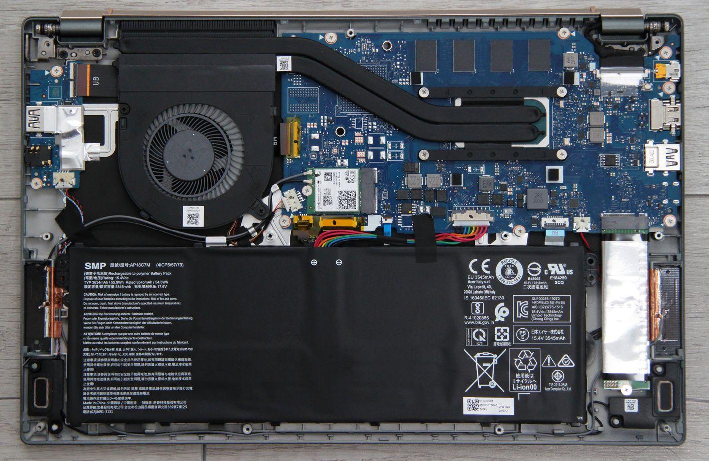Acer Swift 5 z Intel Tiger Lake wnętrze notebooka