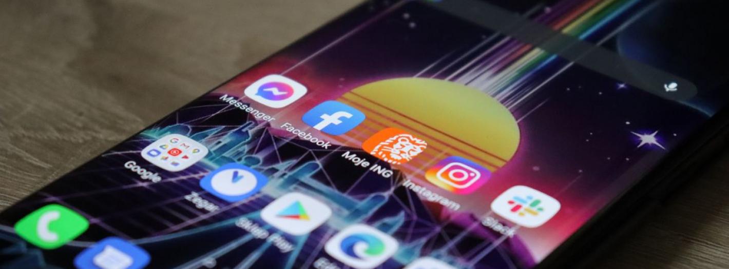 telefony w 2021