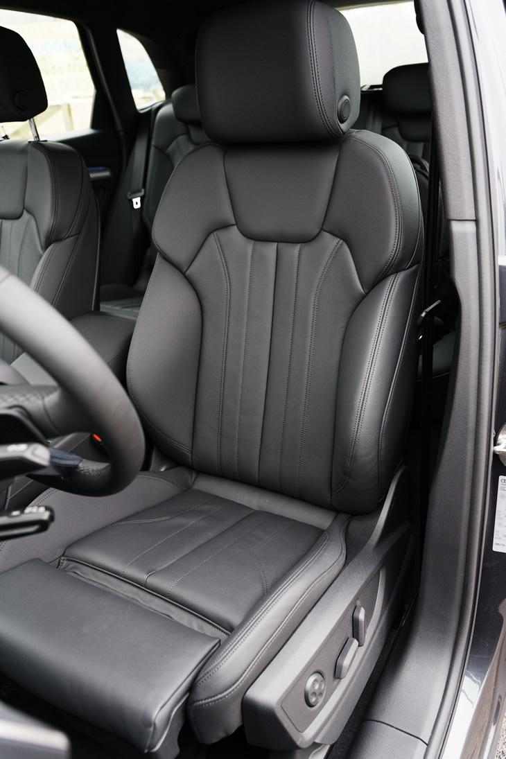 Nowe Audi Q5 40 TDI quattro S tronic - fotel kierowcy