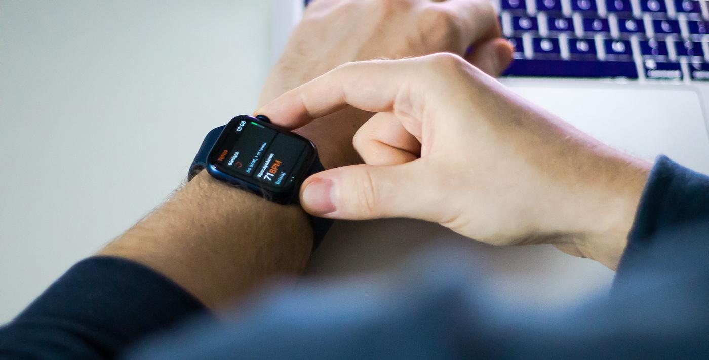 zegarek Apple Watch Series 6