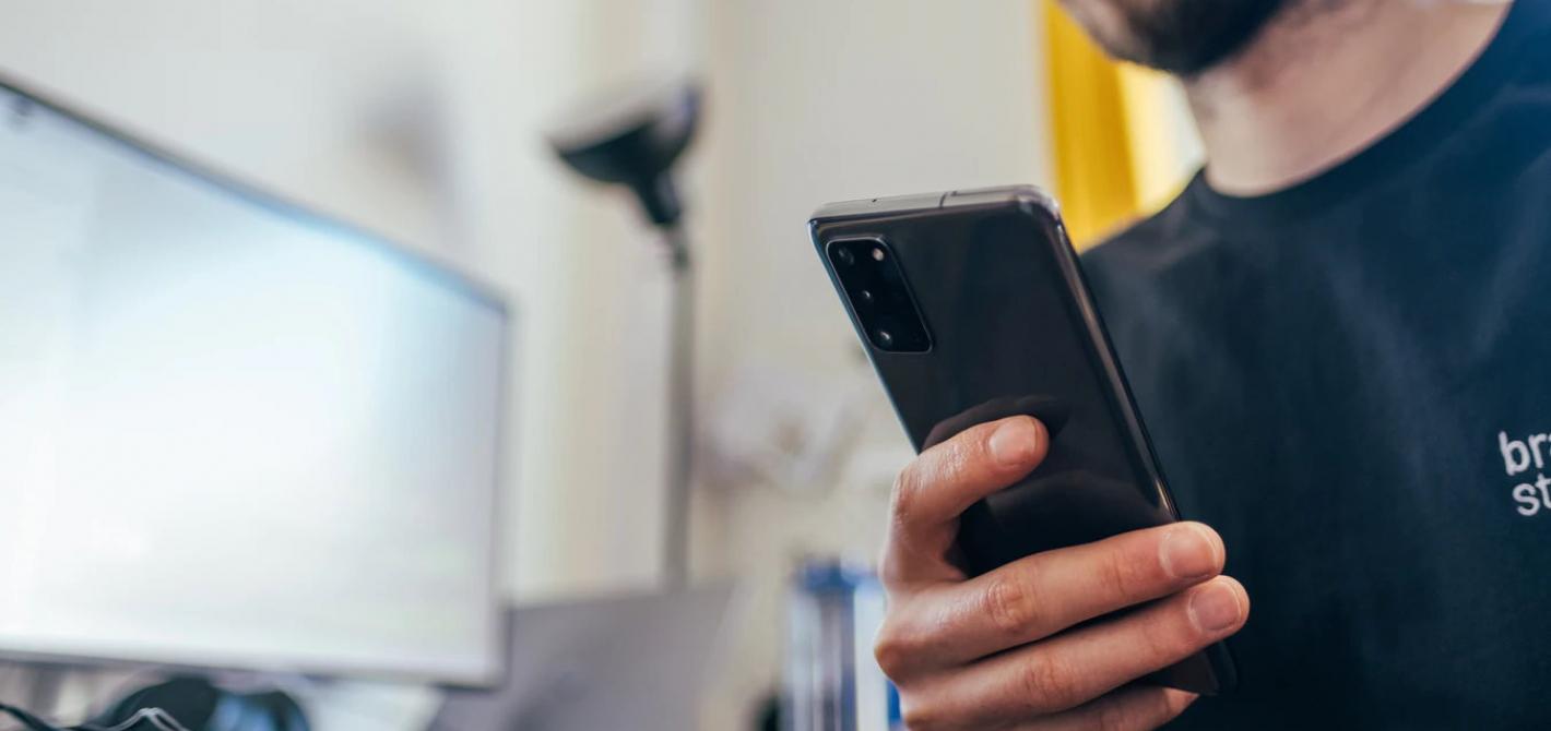 5 rzeczy które jeszcze możemy usunąć z pudełka ze smartfonem