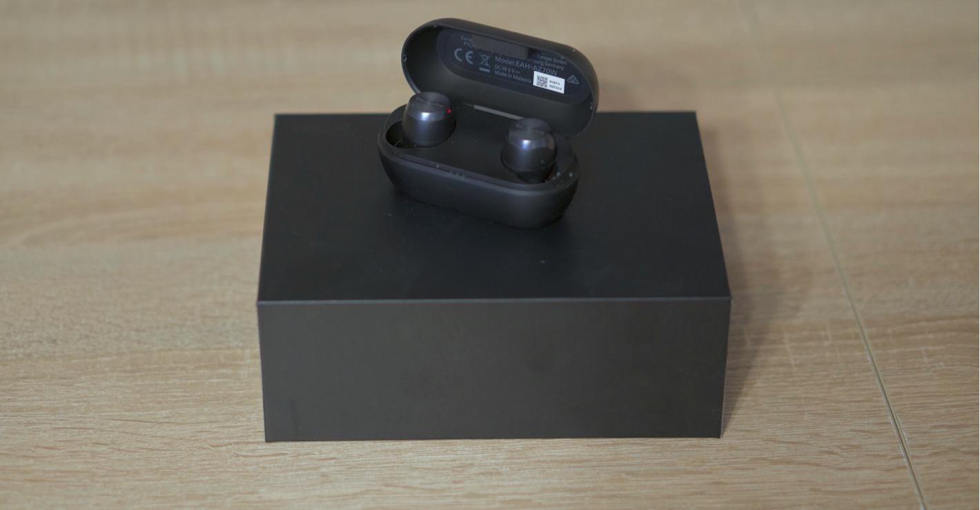 Technics EAH-AZ70W - na pudełku