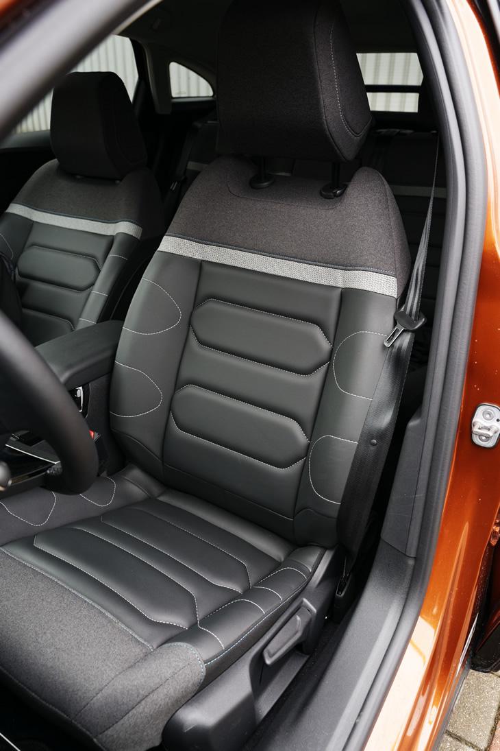 Citroen C4 2021 - fotel kierowcy