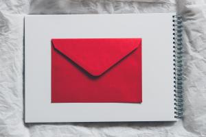 E-mail jest z nami już prawie pół wieku. I nie chce umrzeć