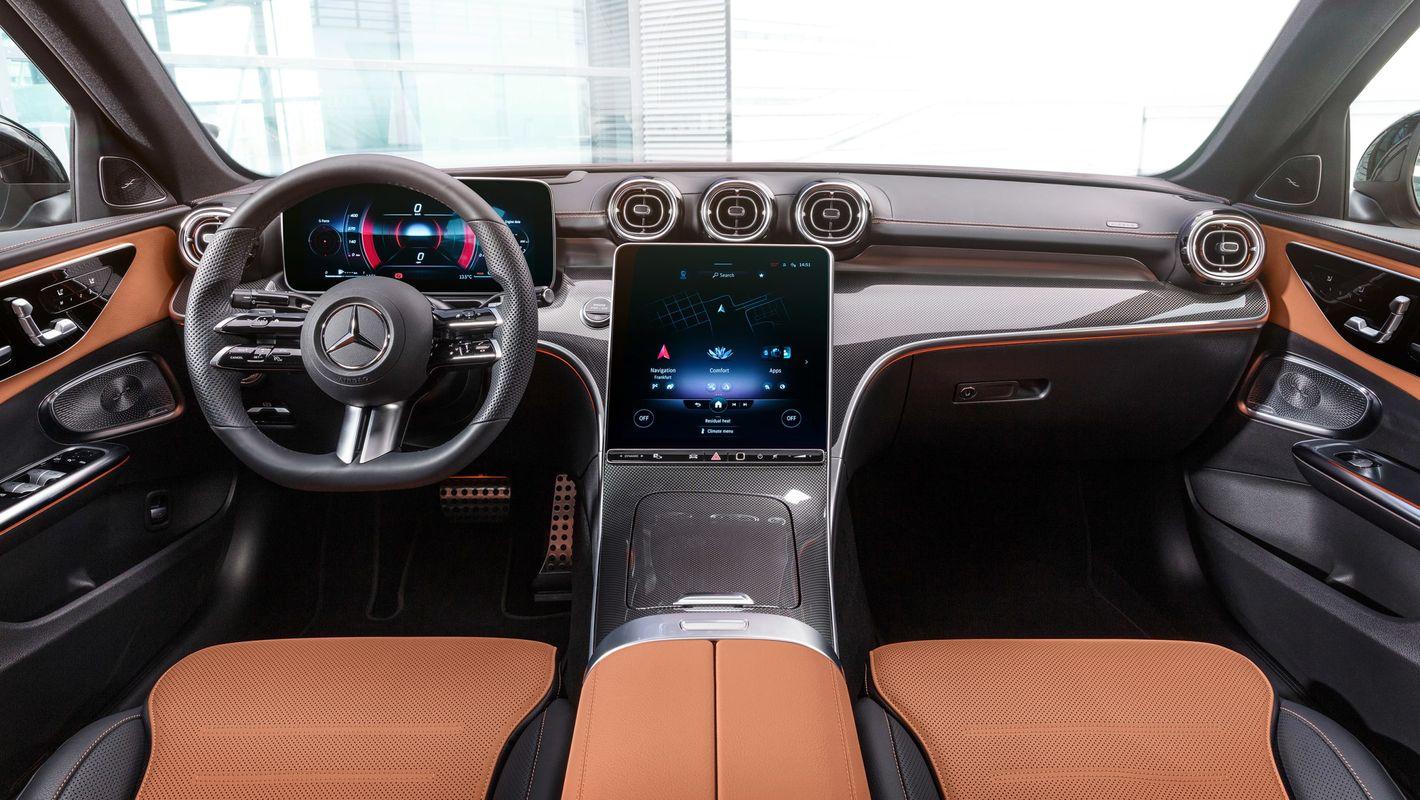 Mercedes klasy C 2021 wnętrze