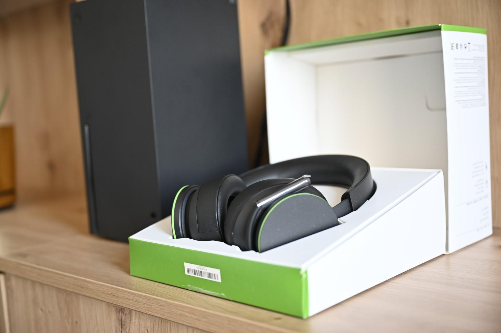 Xbox Wireless Headset w pudełku