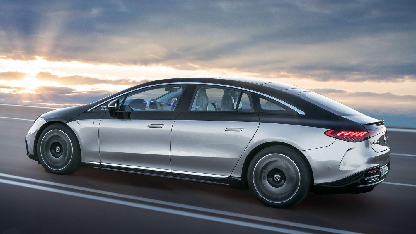 Mercedes EQS bok