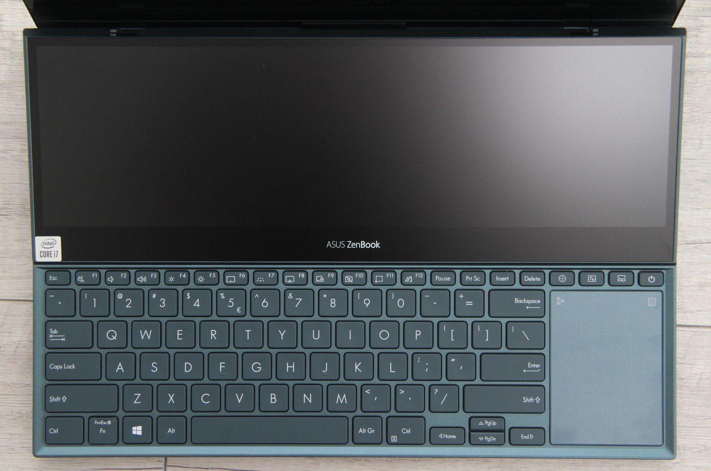 ASUS ZenBook Pro Duo UX582 klawiatura i ScreenPad